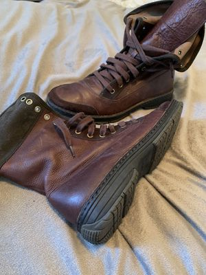 Cole Haan Nike Air shoe/boots size 10 for Sale in Pompano Beach, FL