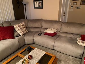 5 Seater Sofa w Mobilized Chaise & Lounge Chair for Sale in Miami, FL