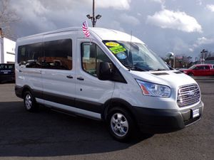 2018 Ford Transit T350 XLT med roof 15 passenger low miles finance available for Sale in Manassas, VA