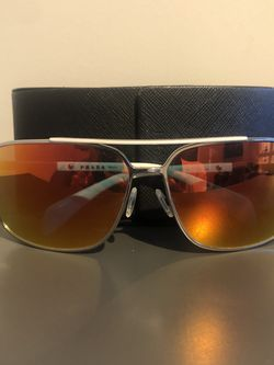 Prada Sunglasses for Sale in Fort Washington,  MD