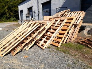 Free pallets for Sale in Fort Mill, SC