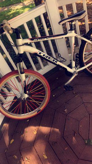 Trek mountain bike costoms for Sale in Fieldsboro, NJ