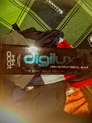 Digilux 1000 MH Hps growing light for Sale in Spokane, WA
