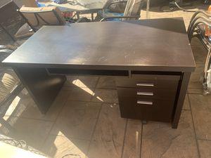 Computer desk for Sale in Los Angeles, CA