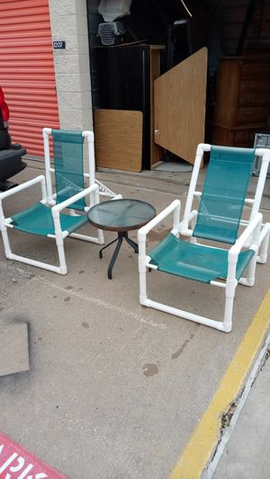 Outdoor chairs/Table!! for Sale in Plano, TX