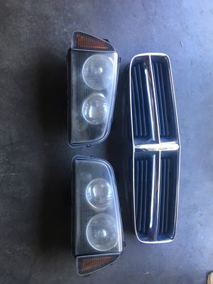 2006 Dodge Charger grill and headlights for Sale in Daly City, CA