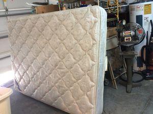 Queen mattress for Sale in Lakeland, FL