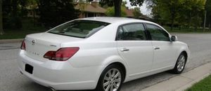 Stagge 2010 Toyota Avalon 4WDWheels for Sale in Fort Lauderdale, FL