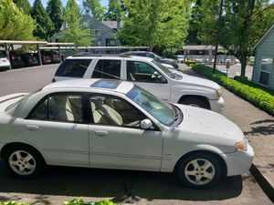 MAZDA PROTEGE 2002. STANDARD 220 MILES CLEAN TITTLE IN HANDS. for Sale in Tigard, OR