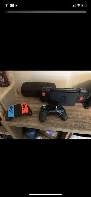 Moddable Nintendo Switch 512GB with controllers, case, and rail jumper for Sale in Safety Harbor, FL