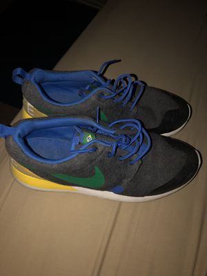 Nike Roshe 1- Size 7.0 for Sale in Warrensville Heights, OH