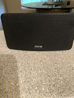 iHome iBT39 Portable Waterproof Bluetooth Speaker for Sale in Puyallup, WA