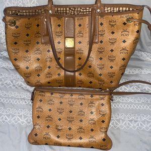 "MCM Liz Reversible Medium Tote Bag ""COGNAC"" for Sale in Washington, DC"