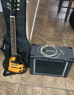Austin Electric Guitar & Peavey Amp 150 Watts Brown (EXCELLENT CONDITION‼️BUNDLE DEAL‼️) for Sale in Yakima,  WA