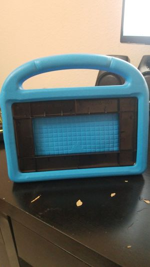 """7"""" amazon fire tablet case for kids for Sale in Whittier, CA"""