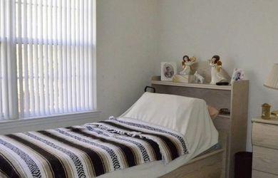 Twin Bed Set Whitewash for Sale in Hammonton,  NJ