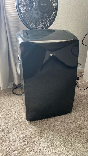Portable air conditioning , and heater and dehumidifier . with remote for Sale in Spring Valley, CA