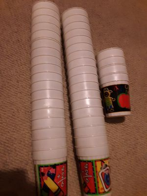 Kids 40 tumbler cups and classroom headliner for Sale in La Porte City, IA
