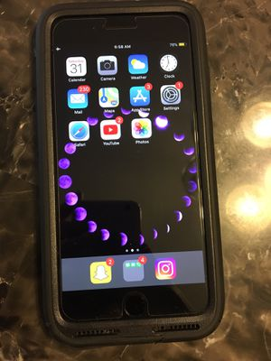 iPhone 8 Plus for Sale in Austell, GA