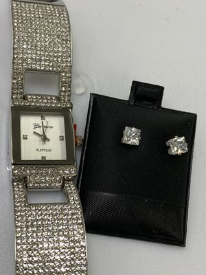New 22k stainless steel ladies quartz watch set with lab diamonds includes earrings for Sale in Las Vegas, NV