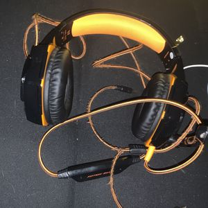 Kotion Each G2000 Headset For Gaming for Sale in Collingdale, PA