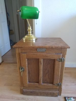Solid wood end table for Sale in Ruston, WA