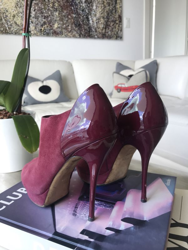 GUCCI Suede & Patent Leather Peep Toe Ankle Boots