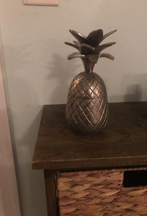Pineapple decor for Sale in Pompano Beach, FL