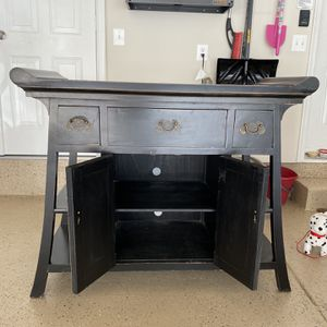 Antique Dresser for Sale in Oxon Hill, MD
