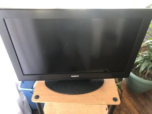 32 inch tv and games for Sale in Cleveland Heights, OH