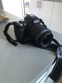 Nikon D60 dslr camera with 18-55mm lens. for Sale in Denver,  CO