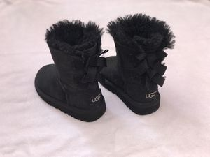 Toddler boots UGG size 7c for Sale in Moreno Valley, CA
