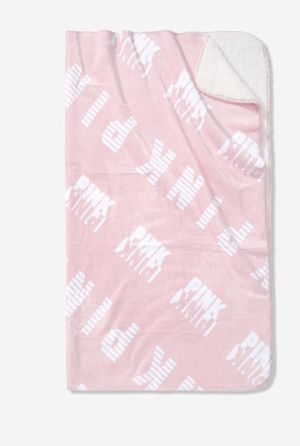 Victoria Secret/ PINK Sherpa blanket for Sale in Glendale, AZ