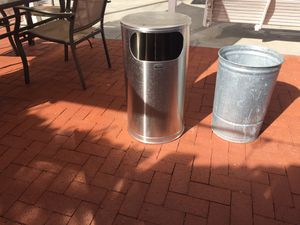 Rubbermaid industrial stainless steel trash can for Sale in Lake Forest, CA