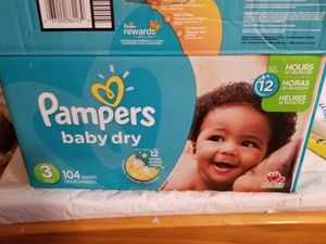 Pampers Size 3 104 count (1 diaper missing) for Sale in Cedar Falls, IA