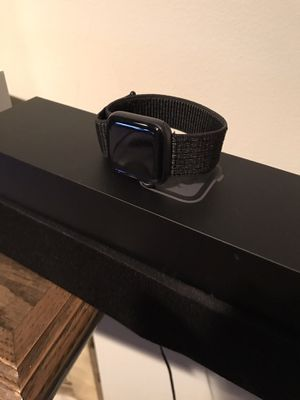 4th Series Nike Apple Watch 40mm Space Grey for Sale in Minneapolis, MN