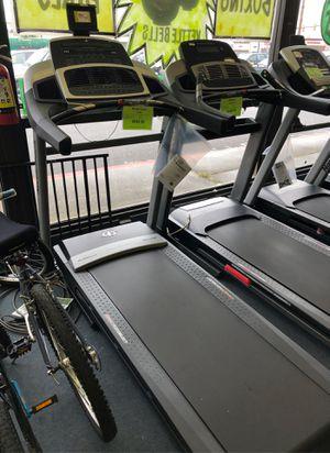 Treadmill Nordictrack z1300i for Sale in Renton, WA