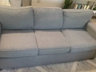 6 foot long loveseat. Three years old. Bought from living Spaces. In great shape. for Sale in Orange,  CA