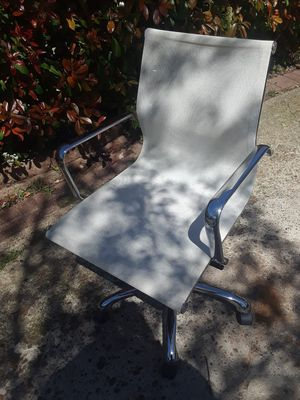 Office Chair $30.00 cash only (serious buyers) for Sale in Dallas, TX