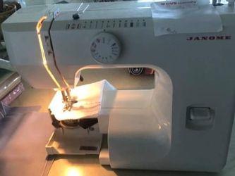 Sewing Machine JANOME SM for Sale in Pompano Beach,  FL