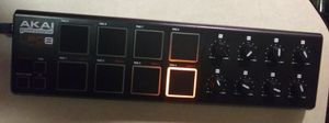 AKAI Professional LPD8 Laptop Pad Controller for Sale in Kent, WA