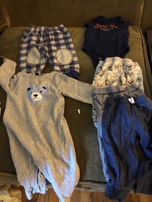Baby boys lot of clothes 0-3months all for $5! for Sale in Santa Clara, CA