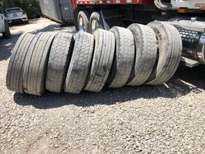 Used tires/ Llantas usadas 295/75 R22.5 for Sale in Grand Prairie, TX