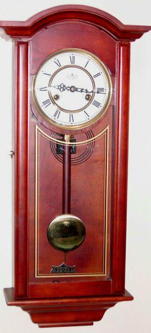 Antique clock 31days windup chim for Sale in Garden Grove, CA