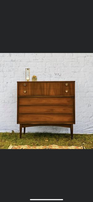 Dixie Mid Century Modern Highboy Dresser for Sale in Plainfield, IL
