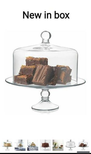 New Glass conteiner.. Perfect for bread, deserts and snacks for Sale in San Jose, CA