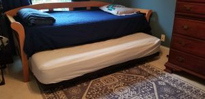 Twin daybed with trundle for Sale in Fort Lauderdale, FL