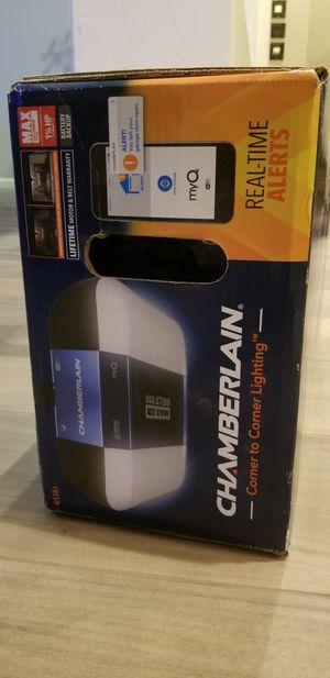 Chamberlain Garage Door Opener wifi 1.25 HP for Sale in Gilbert, AZ