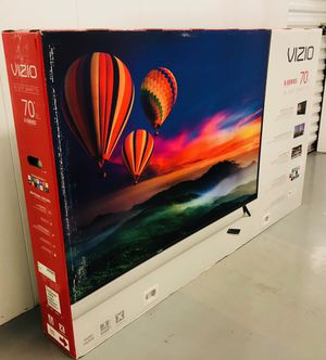 VIZIO 70 INCH 4K HDR SMART TV! Delivery available, 6 month guarantee. Comes with legs and remote for Sale in Phoenix, AZ