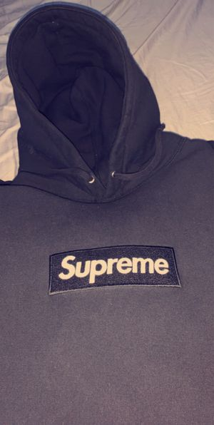 Supreme Box Logo Hoodie for Sale in Fairfax, VA